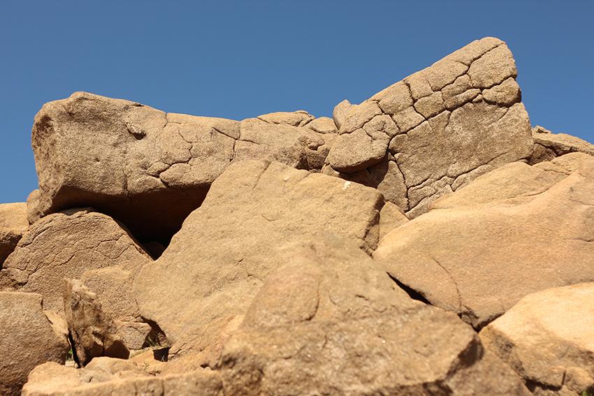 villasbuenas potras rocas cubicas