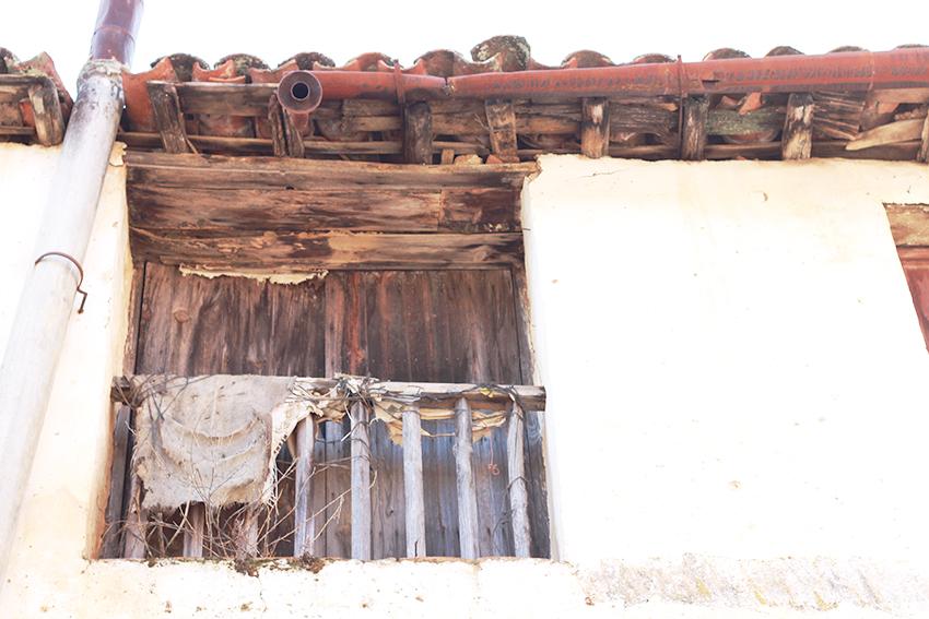 cilleros balcon madera