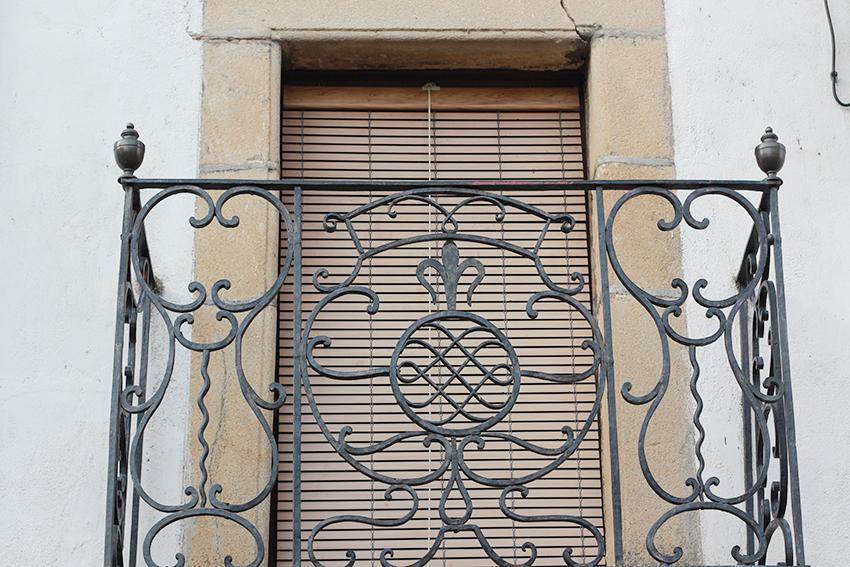 moraleja balcon hierro torneado
